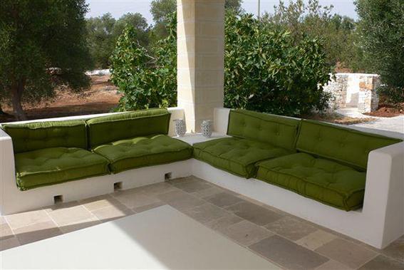 Cucine per esterni in muratura zannori mobili cucine for Laghetto balneabile progetto
