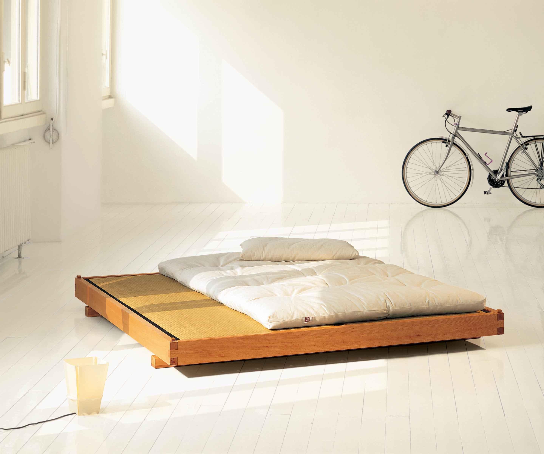 letto-Spazio-tatami-futon-legno-stile-giapponese-minimal - Onfuton